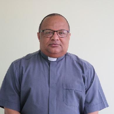 Pe. Carlos Henrique Ferreira Rocha