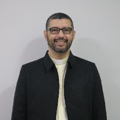 Pe. Deivi Santana de Oliveira