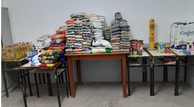 Paróquias realizam campanhas de doação de alimentos