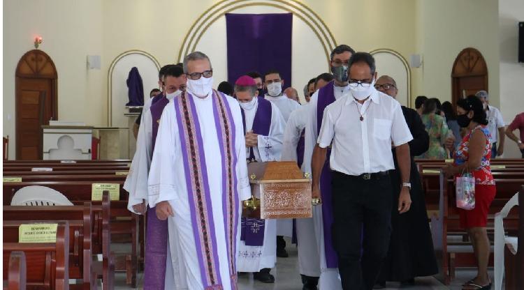 Diocese se despede de Pe. Olímpio Rubén