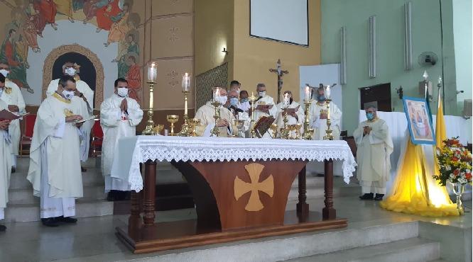 Santa Missa marca  a abertura do Sínodo dos Bispos na Diocese